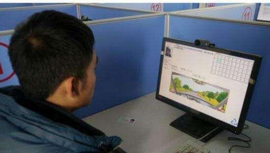 学员参加科目一考试